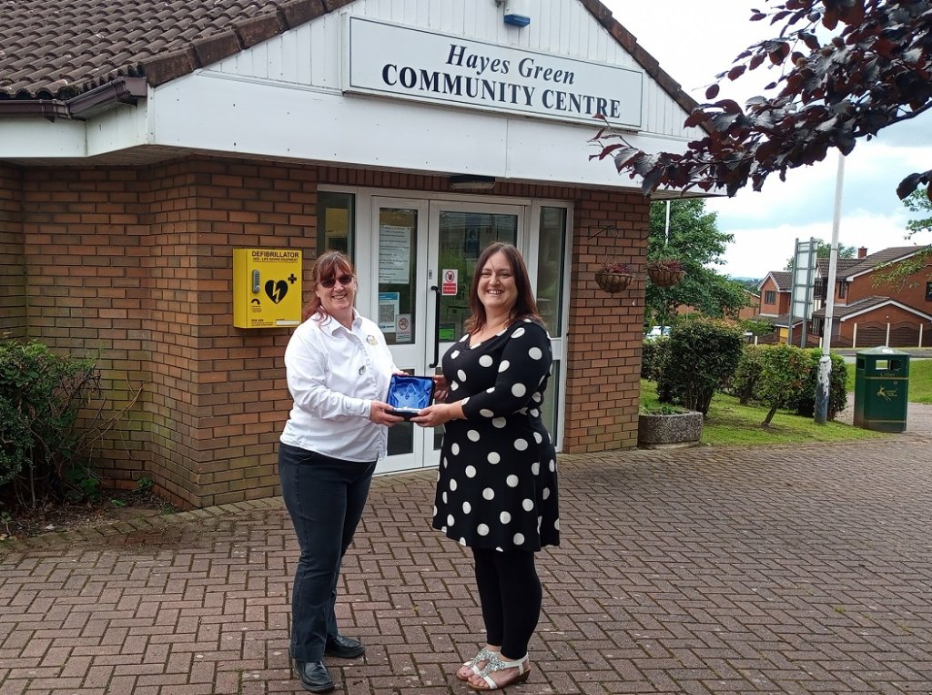 <strong>2021 WINNER of the Cannock Chase Volunteer of the Year Award</strong> sponsored by Sure Store and presented by Claire George, Store Manager.